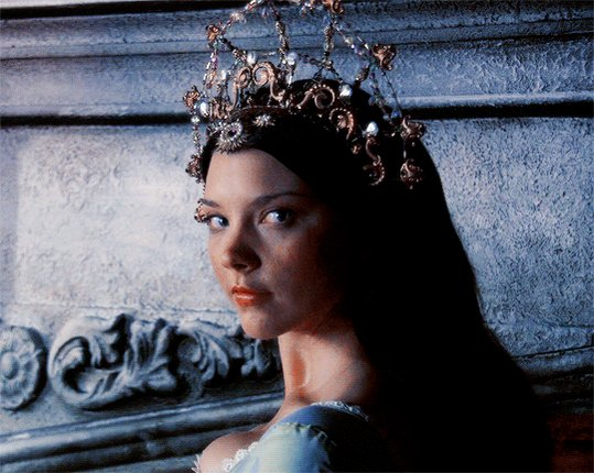 It\s hard to believe that Natalie Dormer is 36 years... Happy birthday Queen