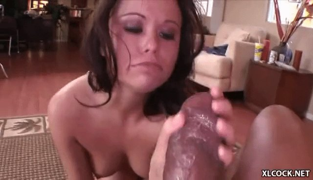 lubricate it to suck it 💪😈 @shanexxxdies...