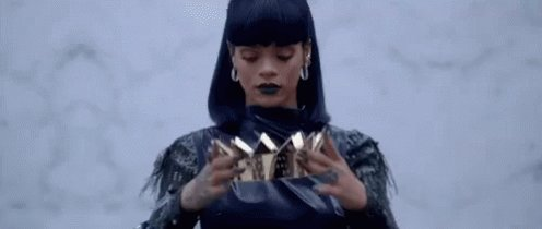 Happy 30th Birthday to the queen. We love you RiRi! .
