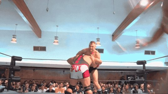 Riddle dishes out healthy dose of right knees to Ringkampf. #MysteryVortexV   @SuperKingofBros #PWG ⚡�prowrestlingguerrilla.com/merch