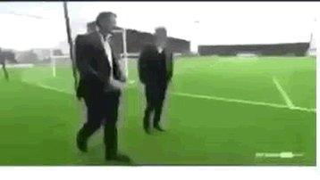 ياسين حمزه اذا ناداه المدرب  😂😂😂  #سييرا...