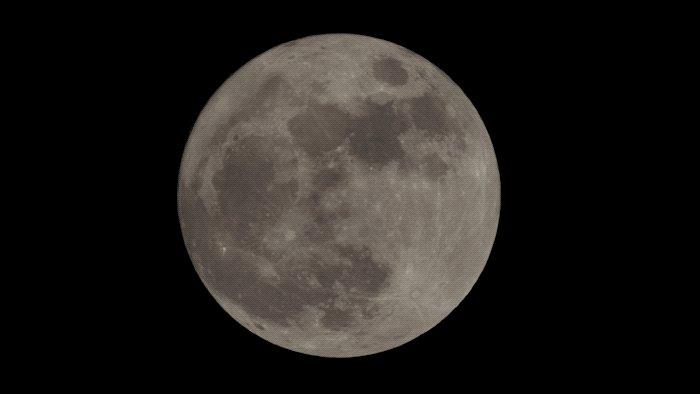 It's a full moon on #911onfox tonight so...