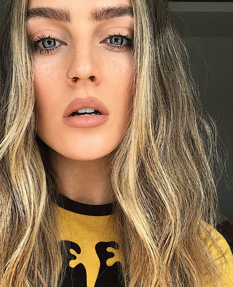 Perrie Edwards of @LittleMix is forever...