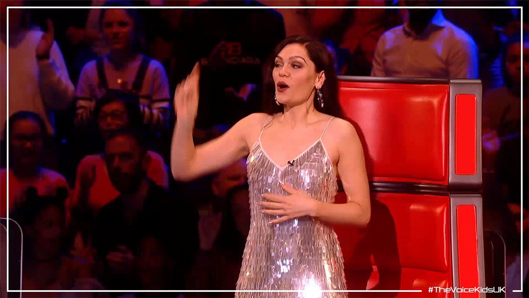 Girls hit your hallelujah (whoo) 🙌@JessieJ Girls hit your hallelujah (whoo) @PixieLott 🙌#TheVoiceKidsUK