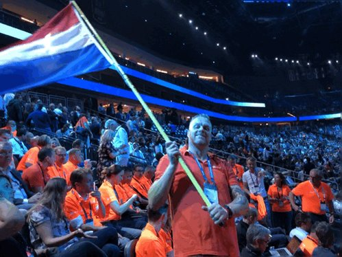 The Dutch partners and @microsoftnl delegation are extremely visible at the T-Mobile Arena Corenote with @tonykrij waving the Dutch flag #MSInspire