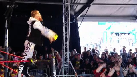 .@MandrewsJunioris ALL about high fives and stage dives! #NXTUK