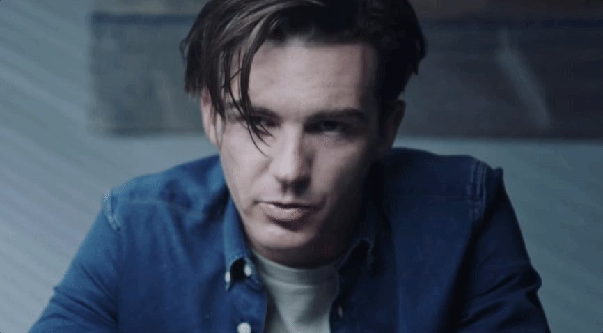 Watch @DrakeBell in our exclusive clip of @CoverVersions_ >> http://bit.ly/2GQWgLo