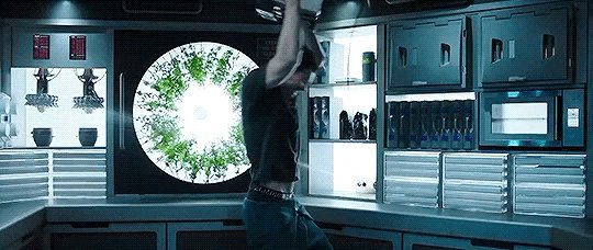 Waking up to the news of The Expanse being cancelled @SyFy like: