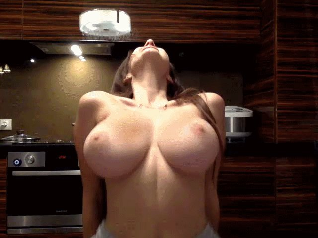funny-moving-animation-nude-women