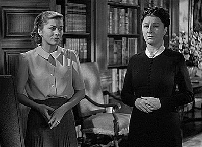 Rebecca is about three characters and all three are women, Rebecca, whom we never see, Mrs Danvers, who appears and disappears and the anonymous protagonist, who tries to integrate in a hostile environment.  #Hitchcock pic.twitter.com/oYBdT8Y7vW