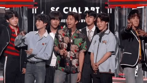 #BBMAs winner dance. @BTS_twt #BTS_BBMAs https://t.co/CzyTYaLK0J