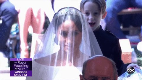 We are ALL this precious page boy behind Meghan as she entered St. Georges Chapel ❤️ #RoyalWedding