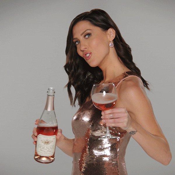 Bachelorette 14 - Becca Kufrin - FAN FORUM - *Sleuthing Spoilers* - Page 6 DeEEpCAVwAEJi5h