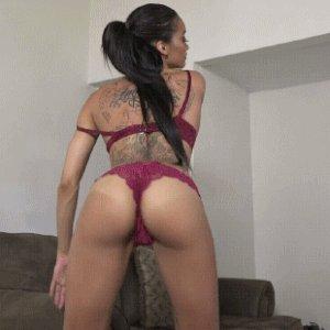 naked-latina-changing-gif