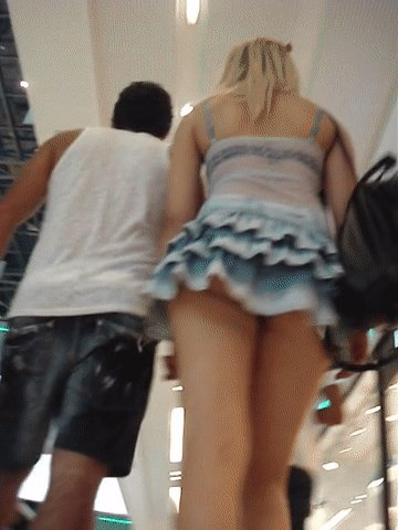 Girl Showing Pussy Upskirt Gif