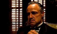 『ズートピア』のトガリネズミことビッグ・ボス、『ゴッドファーザー』のドン・コルレオーネの頬を掻きながら喋る癖を完コピしてて本当に最高なんだよなー。芸が細かい。
