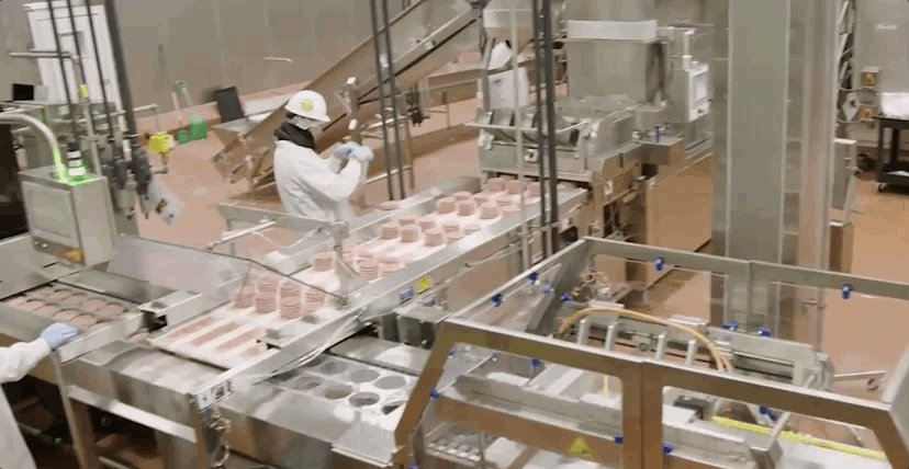 Lab-to-table: How synthetic food went from flavorings to hamburgers nbcnews.com/mach/video/lab…