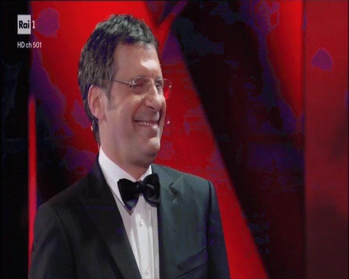 #cavallidibattaglia con Gigi Proietti e lultima apparizione di #FabrizioFrizzi in uno spettacolo televisivo, INIZIA ORA su #Rai1 e @RaiPlay 📲 bit.ly/2sq3ErZ