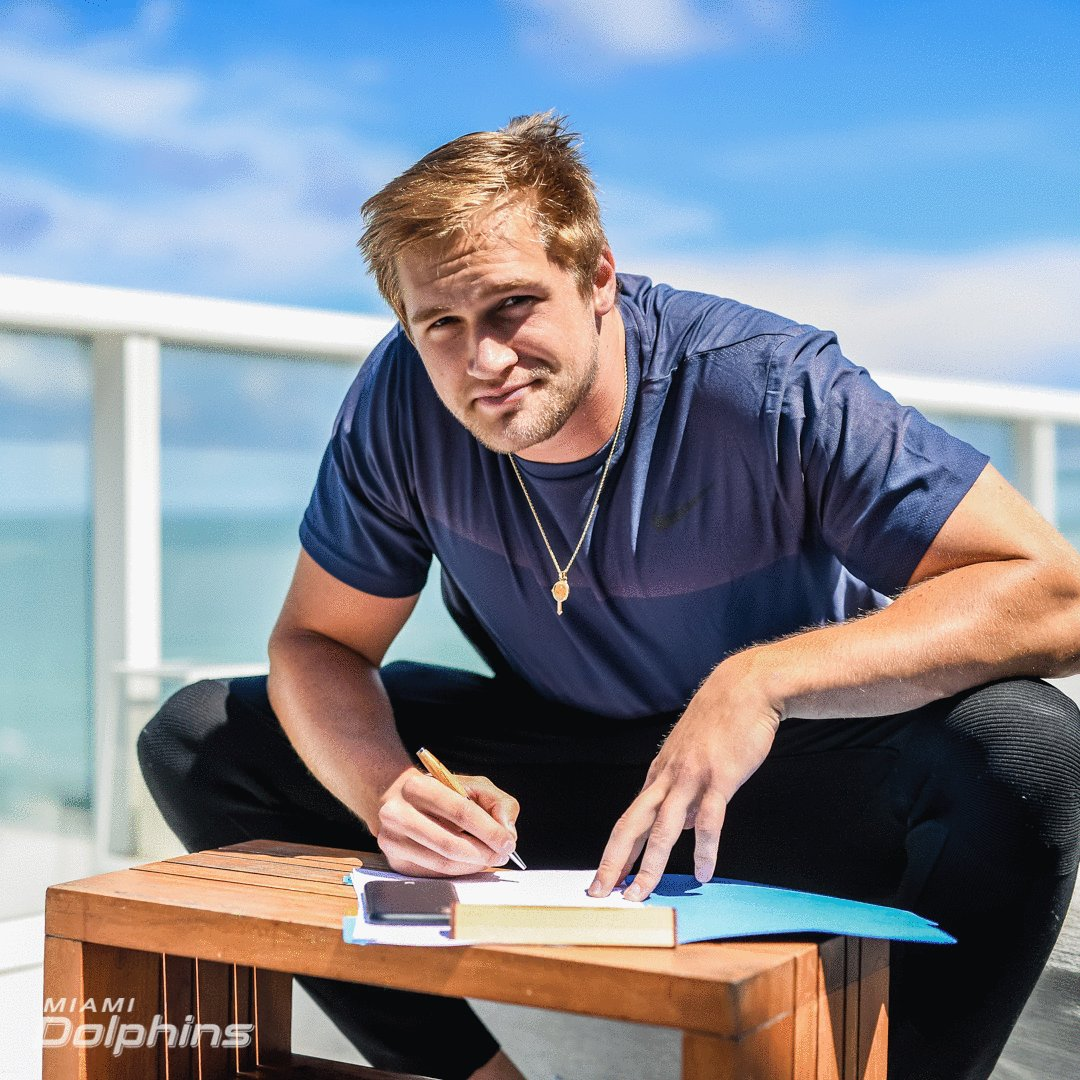 We have signed tight end Mike Gesicki. We have now signed all eight of our 2018 draft picks.