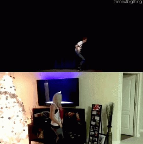 @s_keihani @AlexaBliss_WWE Let's not forget the dance😂😂