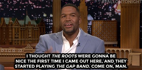 .@theroots have a little fun with @michaelstrahans walk-out music 🎶 youtube.com/watch?v=dsa7C2…