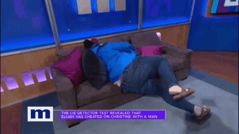 #90DayFiance  jorge just go on Maury already. Anfisa is already half way out of the door!!!