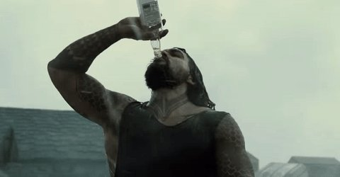 There\s really no need to explain why we\re showing you GIFs of Jason Momoa. So, enjoy.