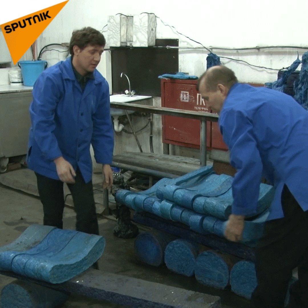 Sibirya hastanesinden eko-çözüm: galoştan yapılma banklar