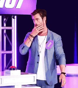 Happy birthday, chris hemsworth. thank you for blessing the world and my ovaries with your existence