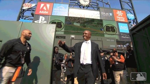 The man of the hour. The Home Run King. Mr. Barry Bonds. #Bonds25 | #SFGiants