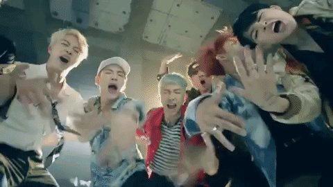 Congrats to #BTSarmy on winning Choice Fandom! 🙌🎉 #TeenChoice