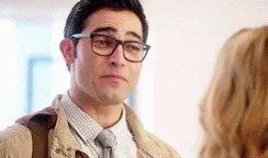 Hoy es el cumpleaños de Tyler Hoechlin, Clark Kent/Superman en Supergirl. Happy Birthday Tyler!