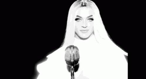 Ícone injustiçado no Melhor Vídeo com Mensagem no #VMAs, será que Indestrutível da @pabllovittar vai levar? A hashtag também está bombandooo! #MelhorClipeTVZIndestrutível Go Pabllloooo
