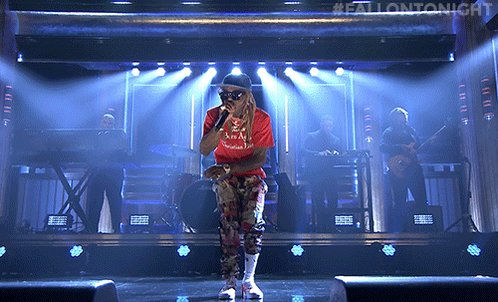 .@LilTunechi performs 'Dedicate' off of #ThaCarterV: youtube.com/watch?v=AB7ifo… #FallonTonight