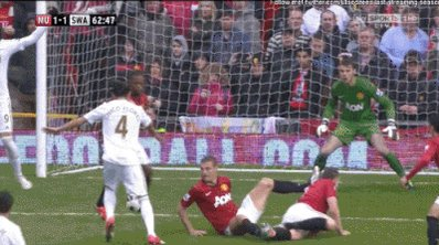 Happy birthday to Manchester United fan favourite Nemanja Vidic. They don\t make \em like you no more.