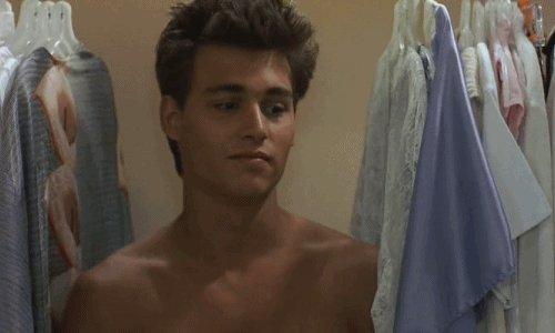 @WaywardToadSage Dont go young Johnny Depp on me! 💜💜