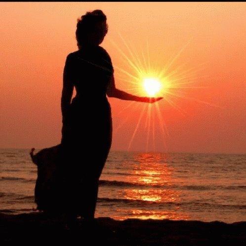 You hold the #Power!  Your #Life is your creation!   #JoyTrain #SuccessTRAIN #Joy #Love #Shine #Quote #kjoys1 #MentalHealth #Mindfulness #GoldenHearts #IAM #MondayMorning #MondayMotivation #MotivationMonday #makeyourownlane #spdc RT @BethFratesMD @maymcc