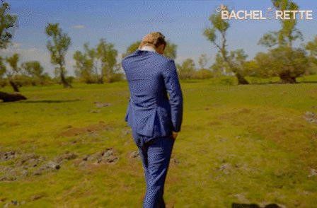 Haven't seen a man buckle in half like this in a while. This one hurt for all of us #bacheloretteau https://t.co/dau0qoTbB5