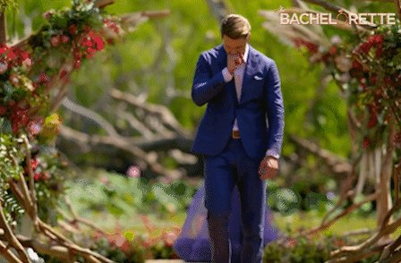 Of all the long, slow blue-suited walks on our show, this one hurt the most for me. #bacheloretteau https://t.co/wC8m7w6GTn
