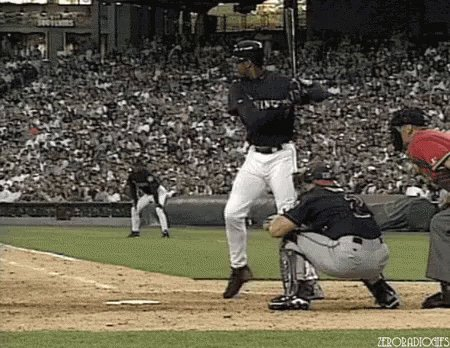 Happy Birthday to an all-time great with a classic swing, Ken Griffey Jr.!!