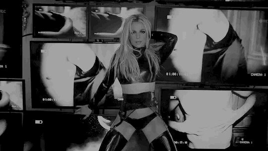 Happy Birthday to the fucking icon, Miss Britney Spears