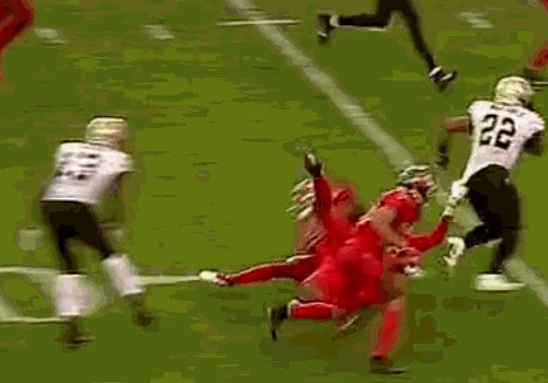 Mark Ingram dragged a Bucs DB five yards into the end zone