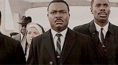 Hoje Luther King completaria 90 anos, mas ele foi morto. Não porque era republicano, nem porque era pastor. Ele foi morto porque era um negro que liderava o combate do racismo e exigia mais direitos civis para proteção dos seus iguais  Negros com a consciência afiada causam temor