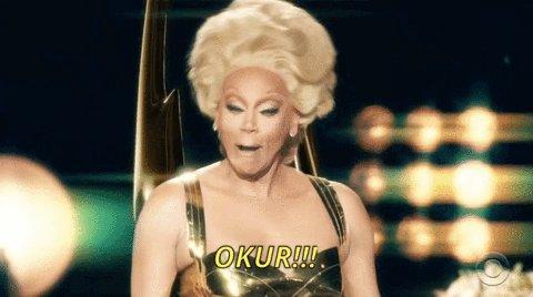 ¡En Netflix han colgado todas las temporadas de Rupaul's drag race!  Quien no se amaricona es porque no quiere... y quien no entiende mis gifs, tampoco #yasqueen