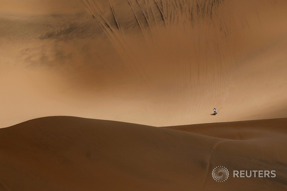 Reuters photographer @cjassopix shares abstract images from #Dakar2019, a two-week-long endurance challenge across Peru in some of the harshest terrain and conditions on Earth: https://reut.rs/2Hj8zFf