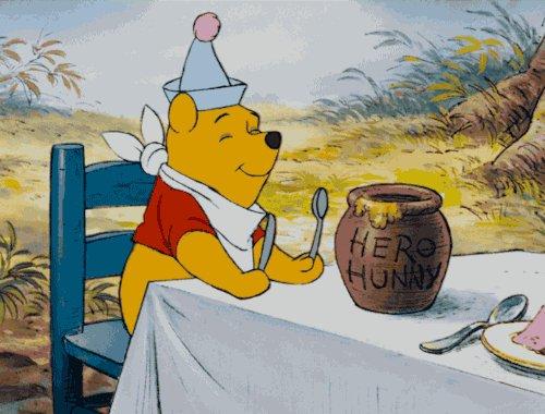 Who else has that #FridayFeeling 🙌🥂#WinnieThePoohDay #Friyay #weekendvibes