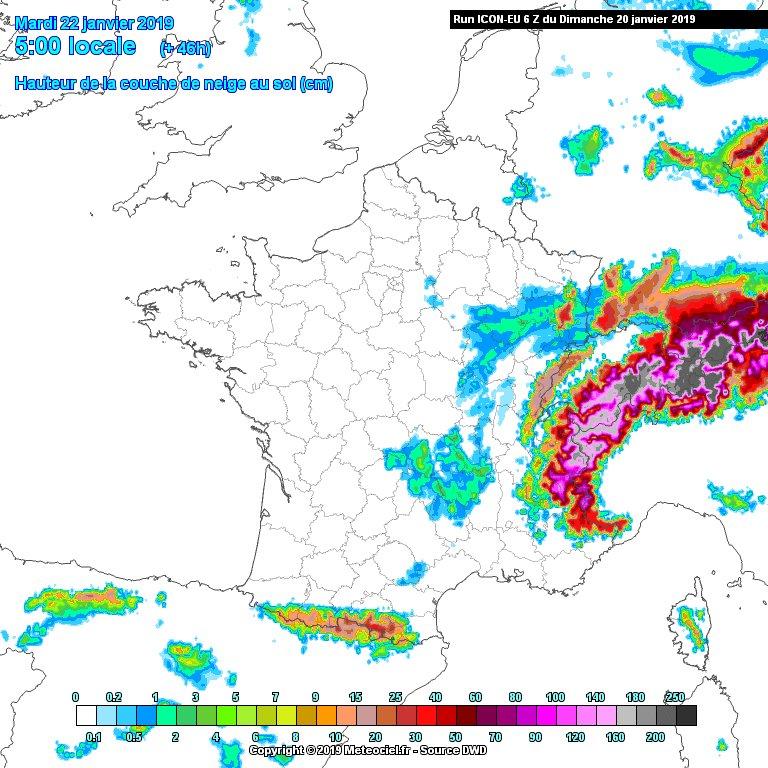 Episode de #neige désormais confirmé pour mardi.  Tenue au sol à l'Est d'une ligne #Rouen-#Blois, et notamment sur tout le quart Nord-Est (3/5cm, davantage sur #Champagne et #Ardennes). Petite couche temporaire possible à #Paris le matin (1/2cm).  Modèle ICON via @meteociel