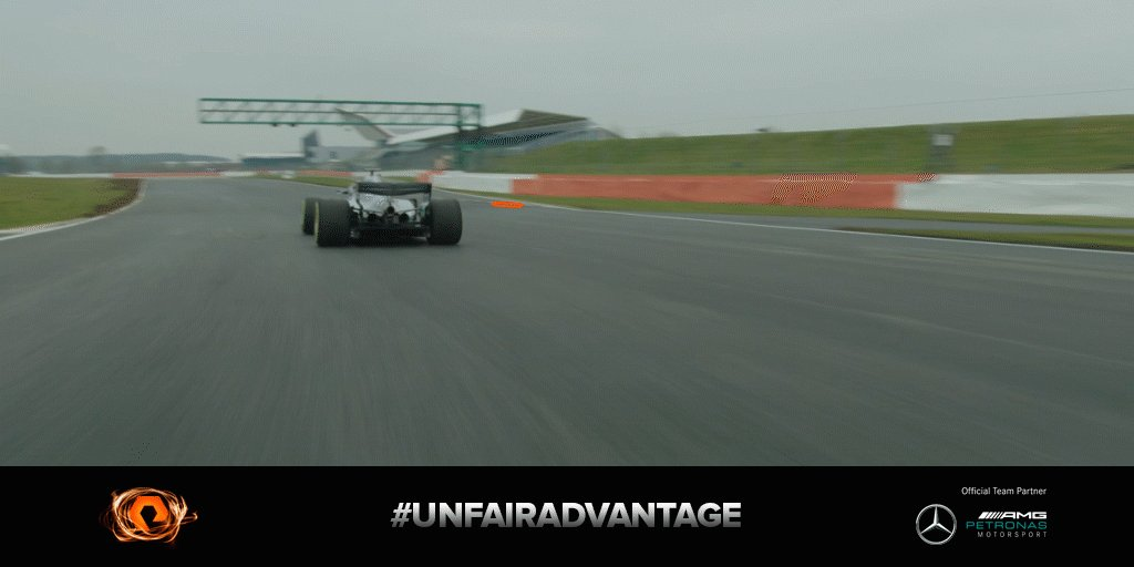You already know what to do. It's time to STOP THAT GIF! 👉📱  We're making this harder every week; think you can nail it first time? Or even see the lines? 😅  Show us your attempts below ⬇ good luck...  #UnfairAdvantage