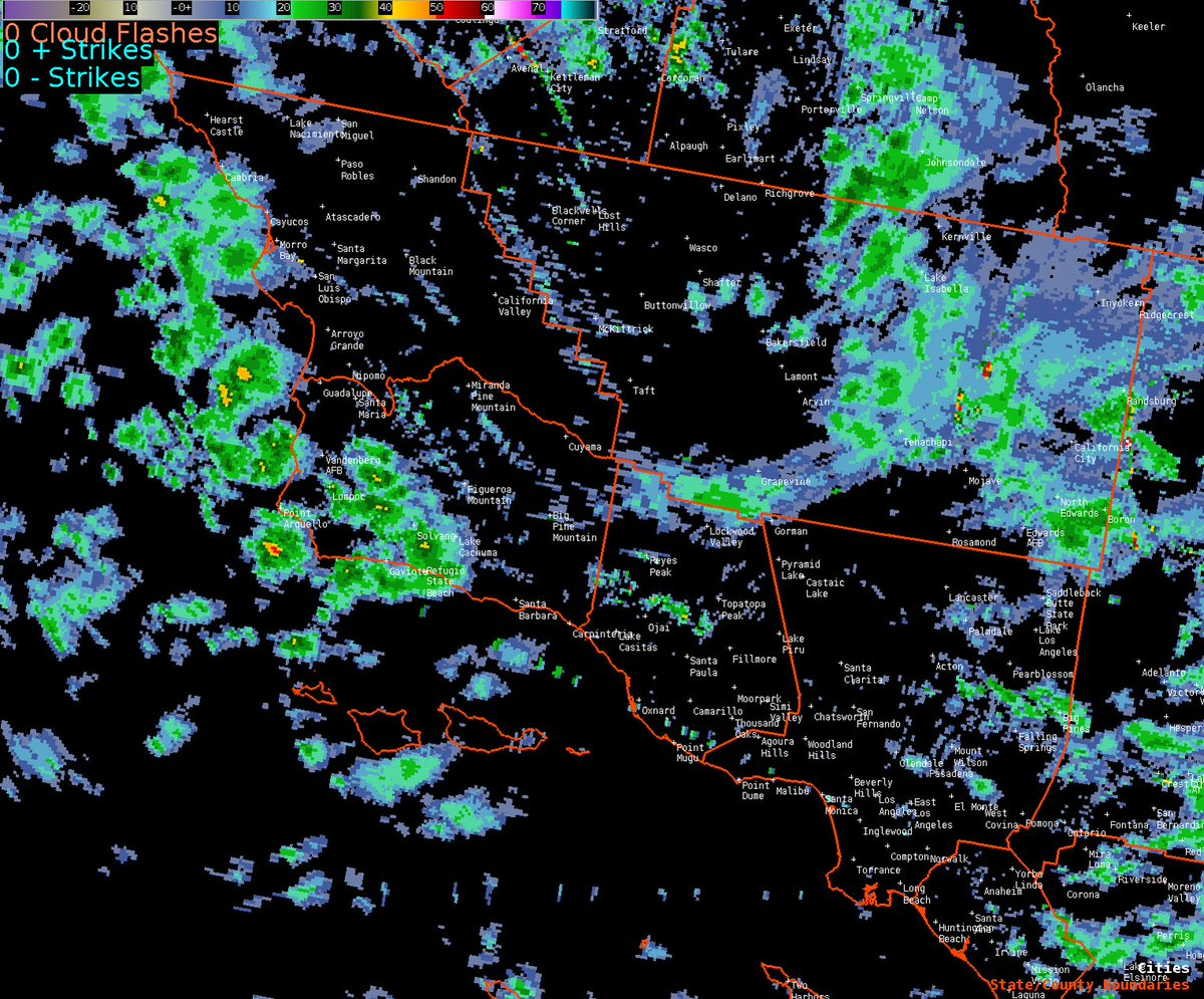 RT @NWSLosAngeles: Radar Loop as of 430 AM. Expect scattered shower activity to continue thru the day. #cawx #larain https://t.co/6jJRXvT0rz