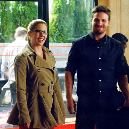 Mr & Mrs Queen 🎯's photo on #Olicity